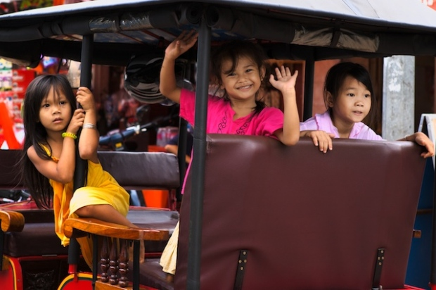The tuk-tuk girls