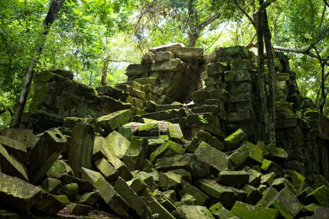 Fallen Blocks Of Beng Mealea